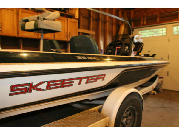 1998 Skeeter Products SS90