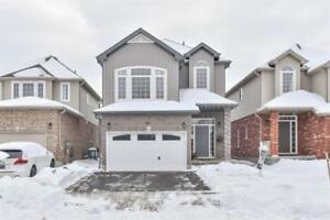 Beautiful Home in Family Centered Neighbourhood