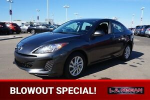 2013 Mazda Mazda3 GS AUTOMATIC Bluetooth,  A/C,