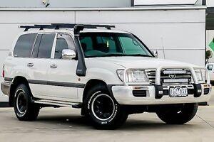 2004 Toyota Landcruiser HDJ100R GXL White 5 Speed Manual Wagon Pakenham Cardinia Area Preview