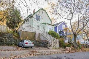 Beautiful home with lots of character! - 3252 Union Street