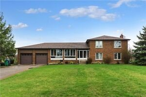 4 Bedroom Home on 1 acre lot in Caledon