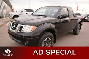 2015 Nissan Frontier PRO4X 4X4 KING CAB Accident Free,  Navigati
