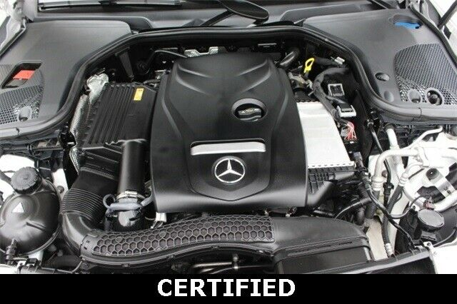 Image 17 Voiture Européenne d'occasion Mercedes-Benz E-Class 2017