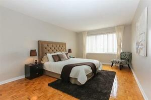 Pointe Claire By The Water-Bright-Renovated 3 ½ -Dazzling Views West Island Greater Montréal image 4
