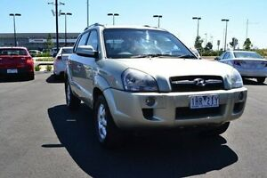 2005 Hyundai Tucson (No Series) Elite Gold Sports Automatic Strathmore Heights Moonee Valley Preview