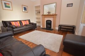 Fantastic 3 bed (non-HMO) furnished terraced house with private gardens available December – NO FEES