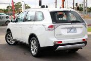 2014 Mitsubishi Outlander ZJ MY14.5 ES 2WD White 6 Speed Constant Variable Wagon Seaford Frankston Area Preview