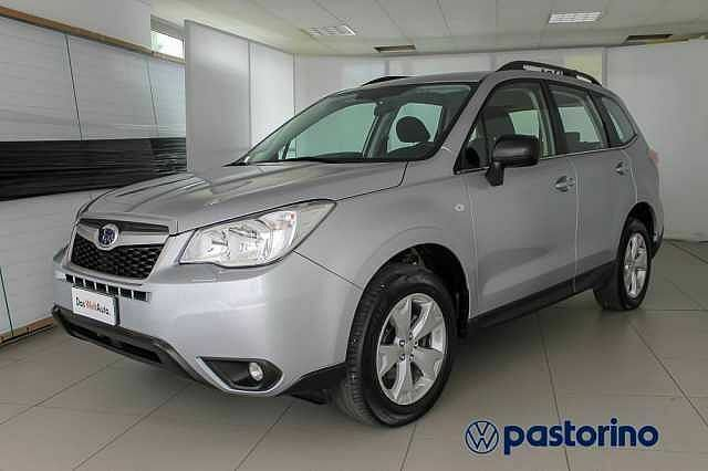 Subaru Forester 2.0 4WD TRED 5P