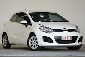 2013 Kia Rio UB MY14 S White 6 Speed Manual Hatchback Coopers Plains Brisbane South West Preview