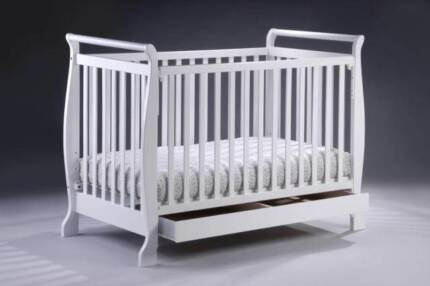 Brand New 3in1 Wooden Baby Cot Crib Toddler Bed Pine Wood Auburn Auburn Area Preview
