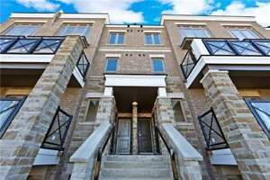 STUNNING TOWN HOME FOR RENT IN MARKHAM!