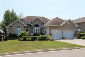 New Price! ~ 38 Pinemore Blvd~