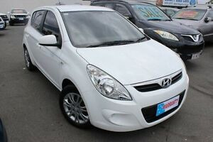 2011 Hyundai i20 PB MY12 Active White 4 Speed Automatic Hatchback Yeerongpilly Brisbane South West Preview