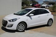 2013 Hyundai i30 GD2 Active White 6 Speed Manual Hatchback Run-o-waters Goulburn City Preview