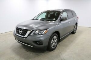 2018 Nissan Pathfinder S V6 Bluetooth, Back Up Camera, 7 Passeng