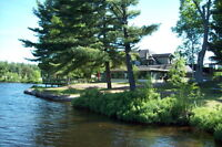 Lakefront 11 units motel and restaurant 5 ac in Parry Sound