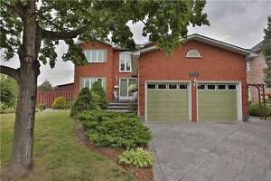 Bright & Spacious 4 Bedroom Home At Great Deal Awaits You!