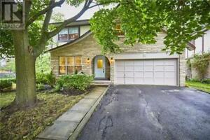 2 RIBBLESDALE DR Whitby, Ontario
