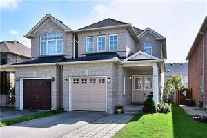 RICHMOND HILL. OPEN CONCEPT. VERY NICE 3 BEDROOM HOME.