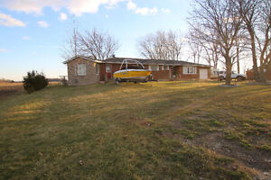 JUST LISTED! 2863 COUNTY RD 12, ESSEX