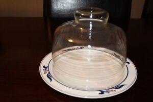 Dansk Bistro Maribo Cheese Plate w/ Glass Dome.