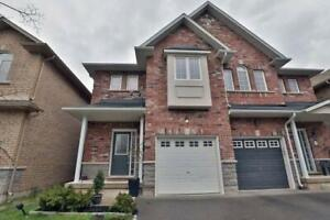 StoneyCreek 3 Bedrooms 3 Washrooms House With Finished Basement