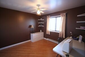 Power's Pond Two-Storey For Sale- 24 Wells Crescent, Mount Pearl St. John's Newfoundland image 13