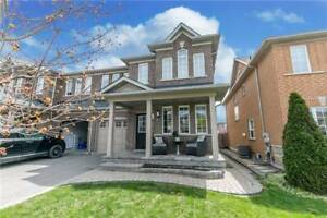 Lovely 3-Bedroom Semi-Detached at Aurora Newmarket