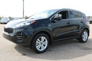 2019 Kia Sportage AWD LX Accident Free,  Heated Seats,  Back-up
