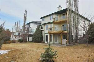4 Bedroom Family Home, Experience Serenity and Stunning Views!