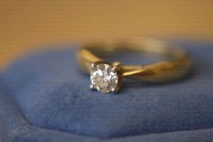 .14K Gold 0.46ct Diamond Engagement Ring - Size 7**