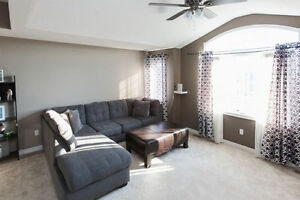 Amazing Huge 5 Bedroom With A Second Family Room On Second Floor London Ontario image 4