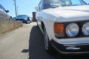1989 Bentley Eight White 3 Speed Automatic Wangara Wanneroo Area Preview
