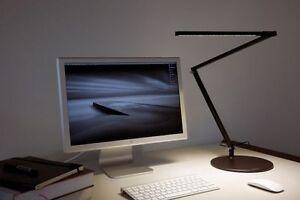 RECHERCHE:JE VEUX ACHETER lampe DEL de table ou plancher Koncept