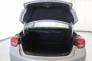 2016 Chevrolet Malibu Limited LT *Fuel Efficient - Spacious - Lo Regina Regina Area image 10