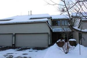 2bd 3ba/1hba Townhome for Sale in Sherwood Park