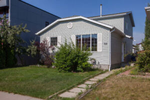 For Sale – Forest Grove House