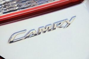 2014 Toyota Camry White Constant Variable Sedan Frankston Frankston Area Preview