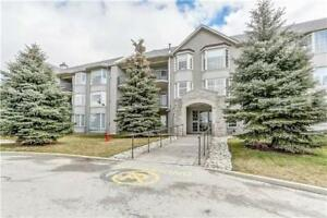 Business Executives! Furnished Condo for Rent in Ancaster!