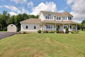 Beautiful home minutes from Fox Creek- 2 acres