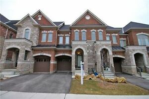Executive 3Bdrm  Townhome In The Luxury Mackenzie Ridge Terrace.