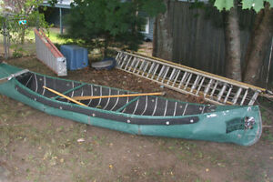 14FT SPORTS PAL CANOE / 2HP HONDA MOTOR LIKE NEW