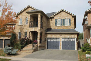 Beautiful House for Sale in Newmarket!