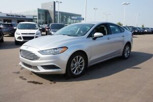 2017 Ford Fusion SE Accident Free,  Heated Seats,  Sunroof,  Bac