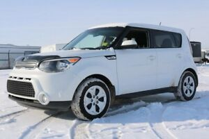 2015 Kia Soul LX Accident Free,  Bluetooth,