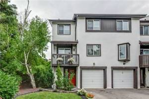 3-Storey Condo Townhouse 3 Bed / 2 Bath + Fin Bsmnt