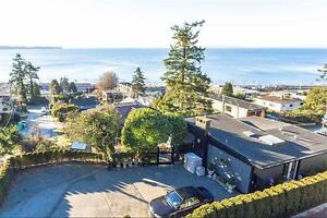 Stunning 2 bed, 2.5 bath, 1564 sqft White Rock House, Vancouver