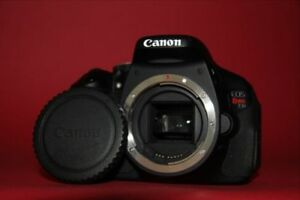 Canon EOS Rebel T3i / 600D Digital SLR Camera Body Excellent