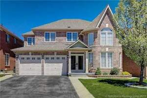 Beautiful 4+2 Bedroom Detached Brampton House For Only $899,900!